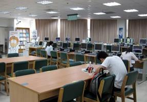 國立公共資訊圖書館 > 讀者服務 > 借閱服務 > 預約、自助取書_插圖